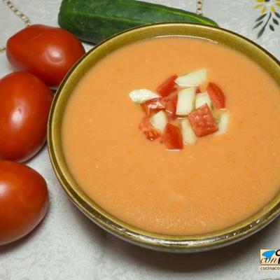 Gazpacho andaluz, el de siempre y muy refrescante